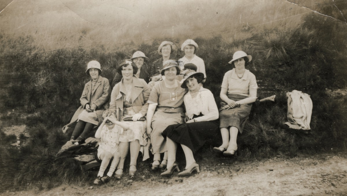 Clerkin // County Monaghan :: Group photograph in the countryside