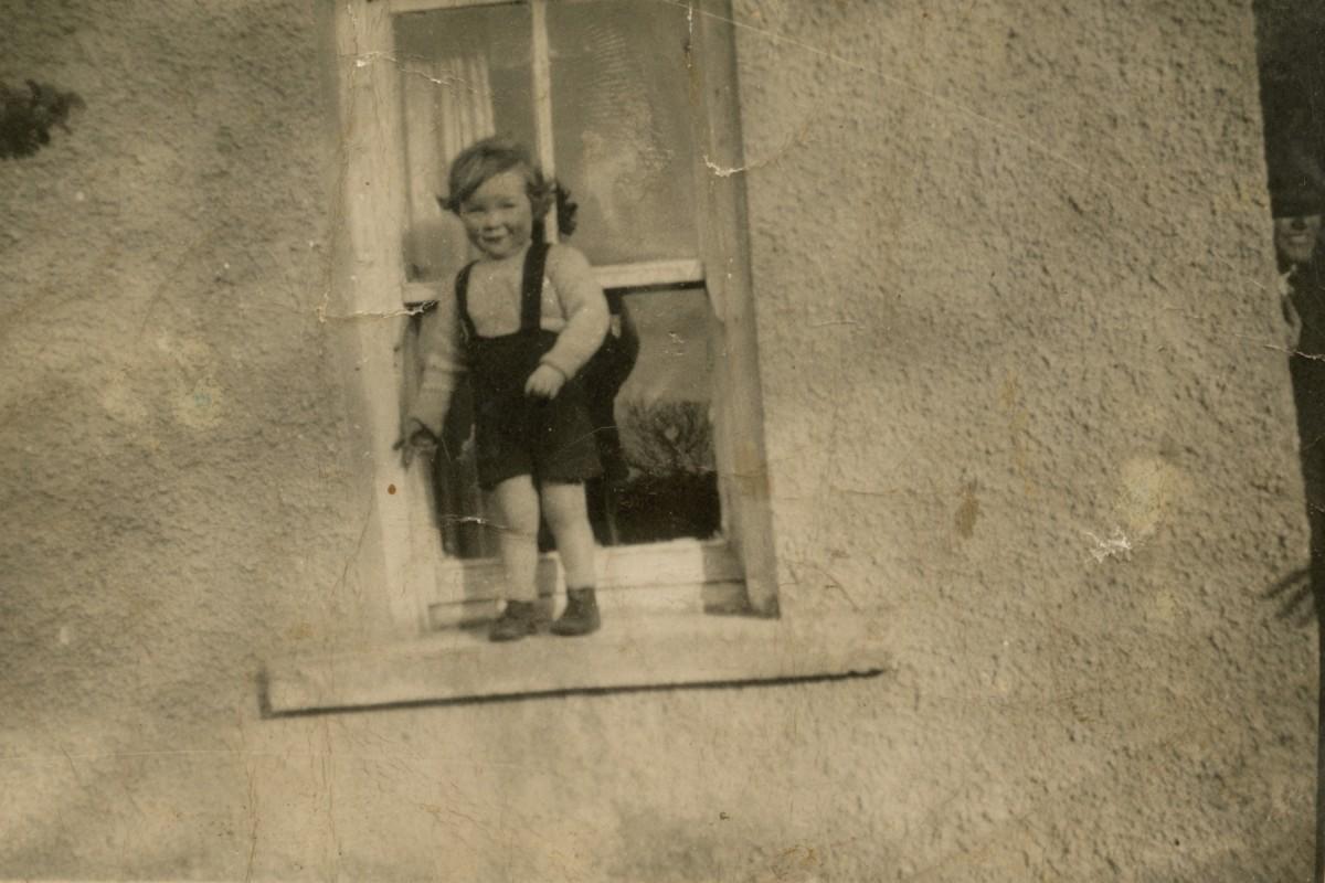 Clerkin // County Monaghan :: Child on windowsill
