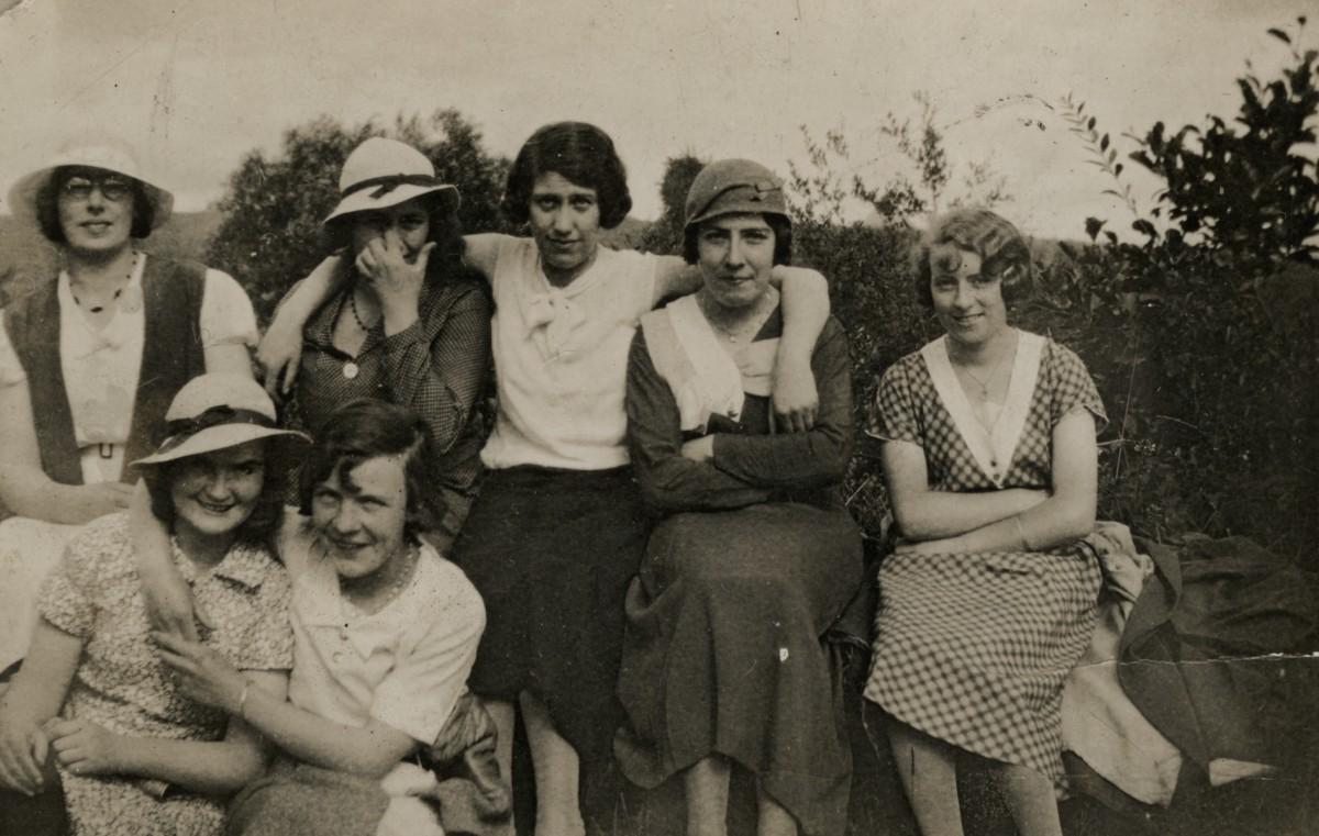 Clerkin // County Monaghan :: Group of ladies outside
