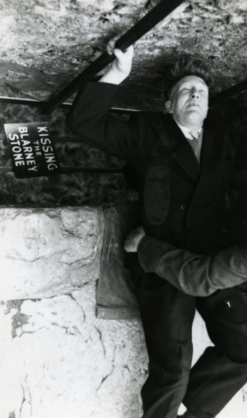 Tommy McCourt kissing the Blarney Stone, Blarney, County Cork