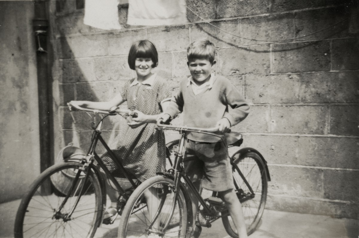 Dillon // County Wexford :: Lawlor children on their bikes
