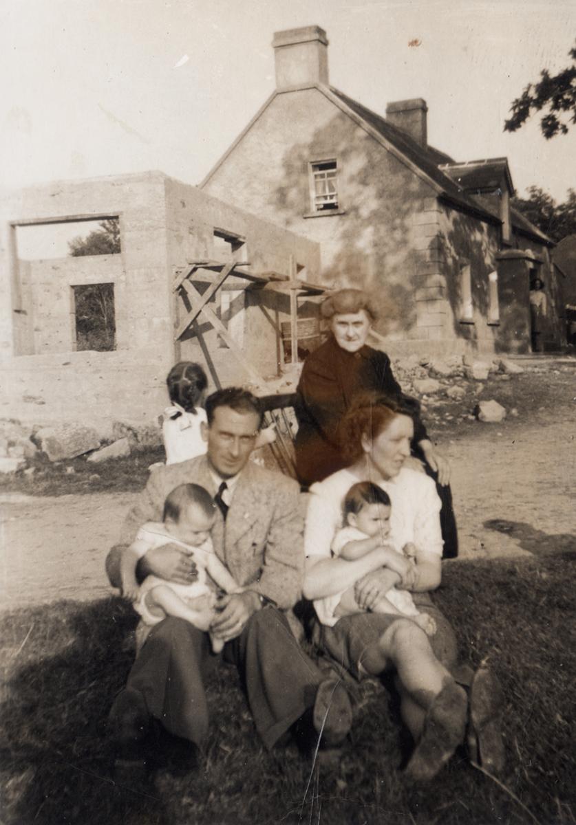 O'Kane // County Monaghan :: Informal family portrait