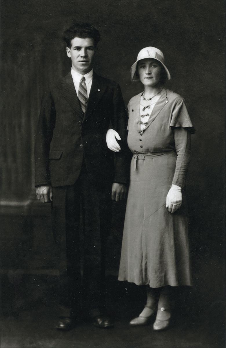 O'Connor // County Limerick :: Wedding portrait of Padraig O'Connor and Nora Mc Mahon