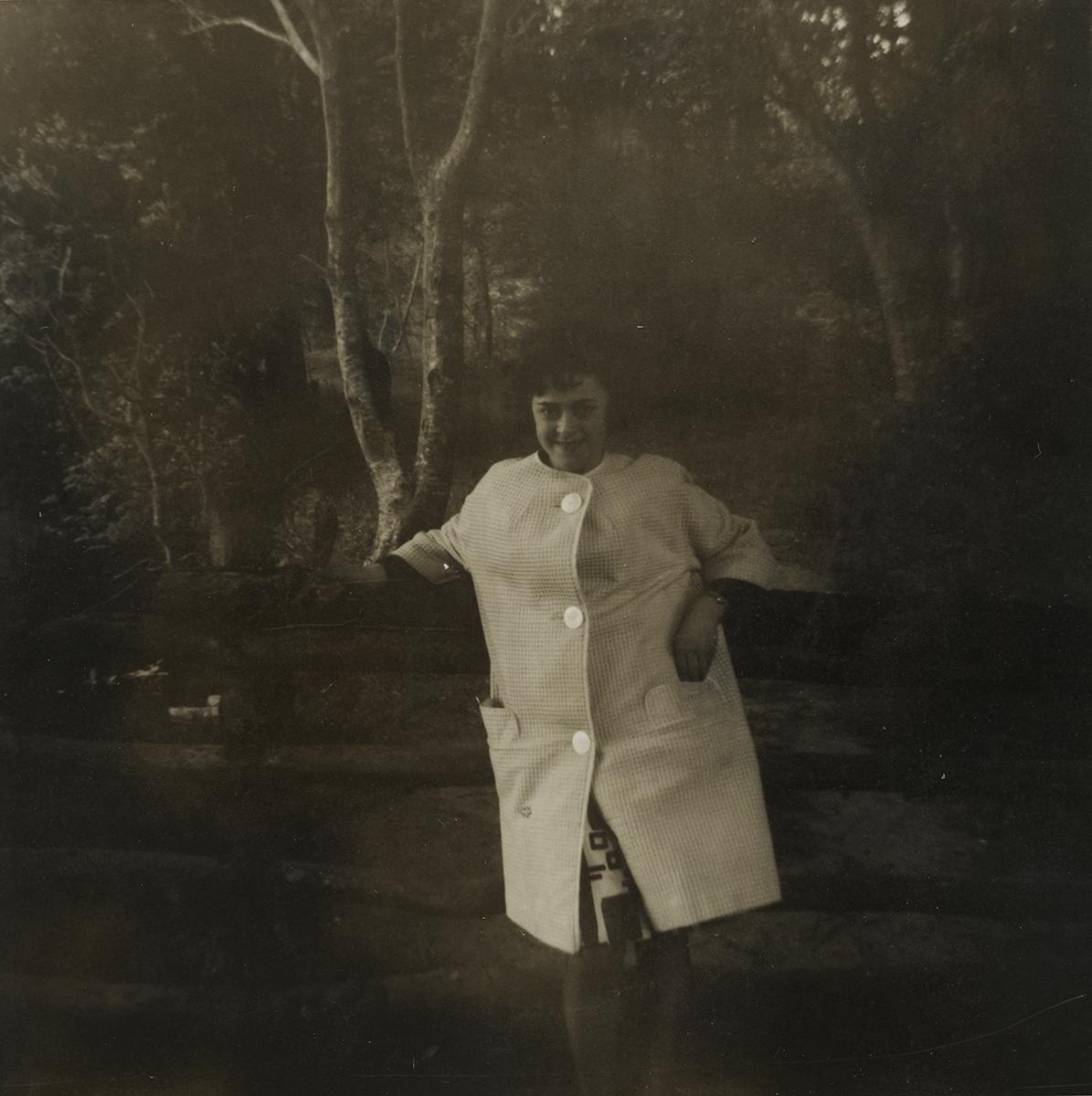 Shanahan // County Dublin :: Young woman posing