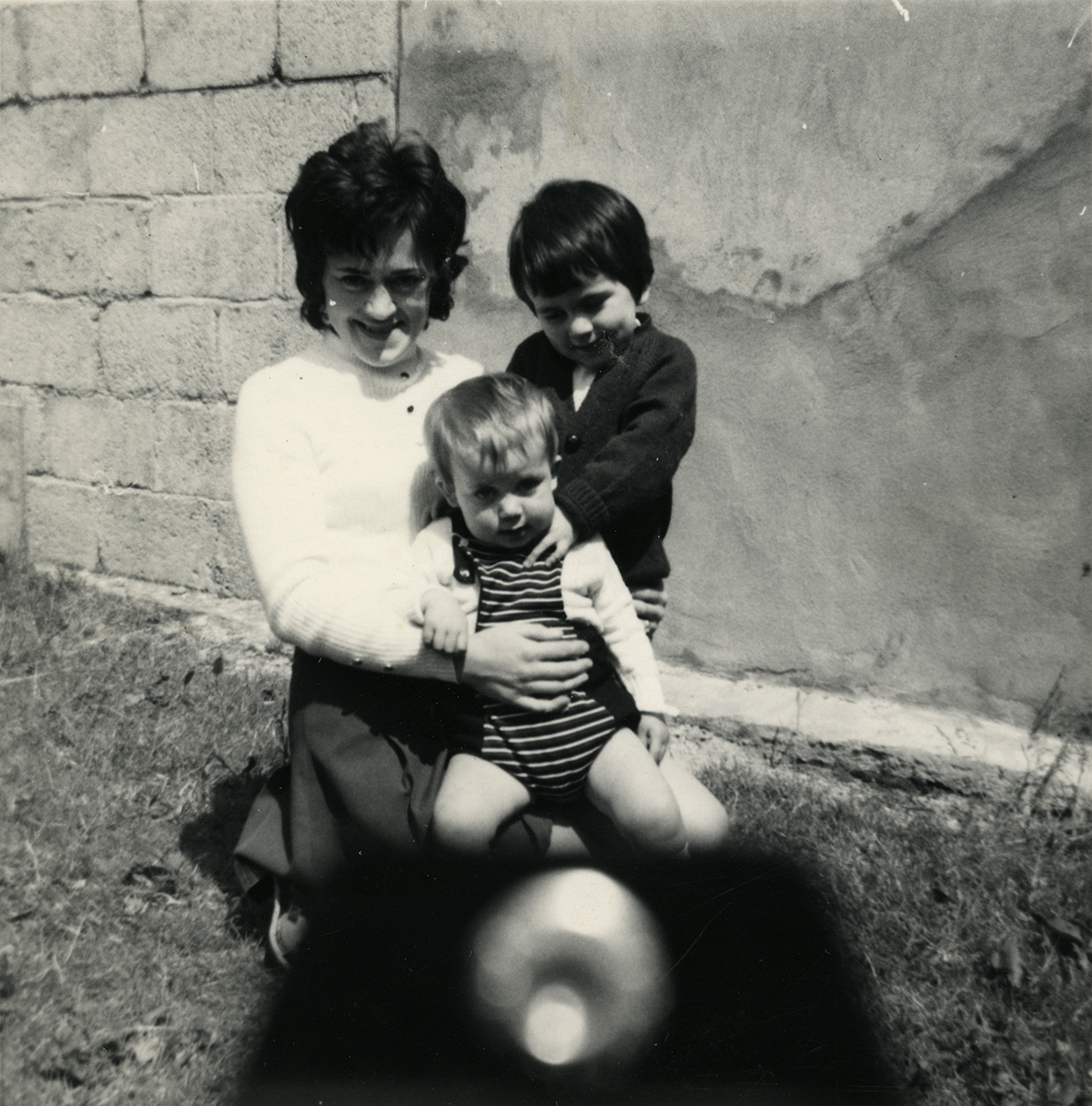 Shanahan // County Dublin :: Mum with young children