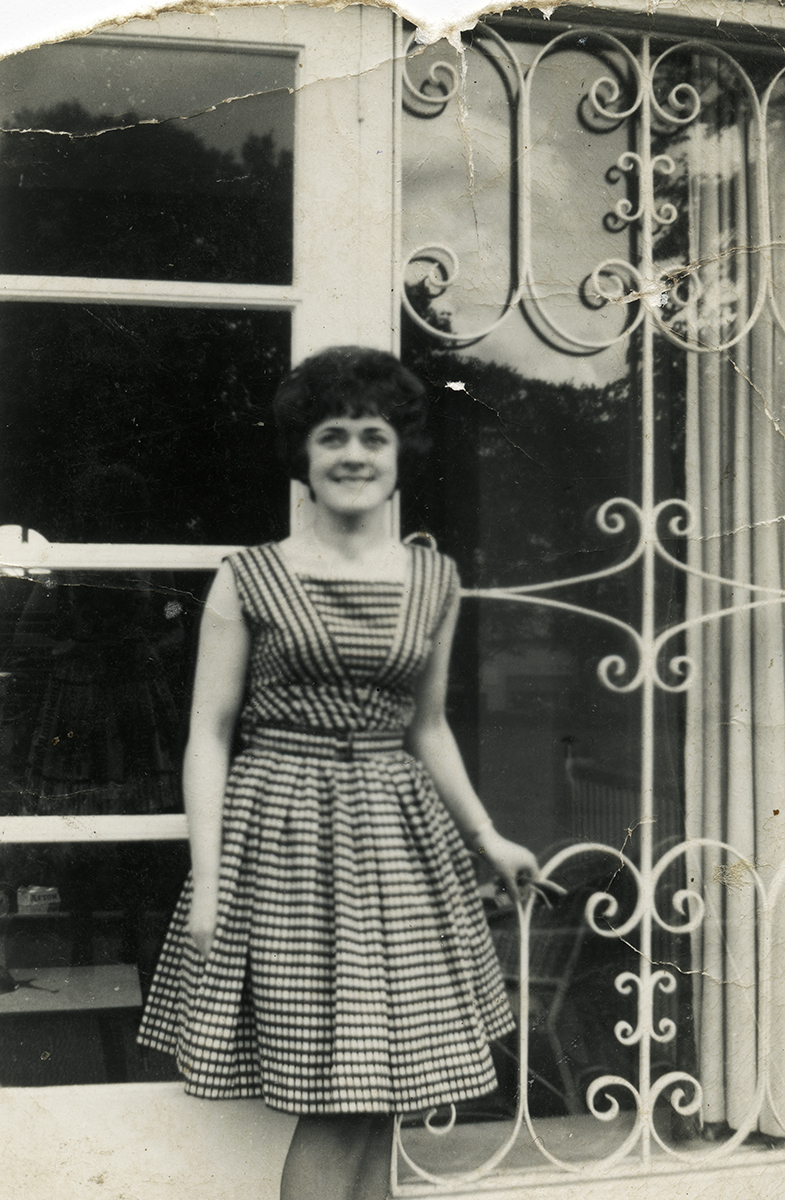 Shanahan // County Dublin :: Young woman