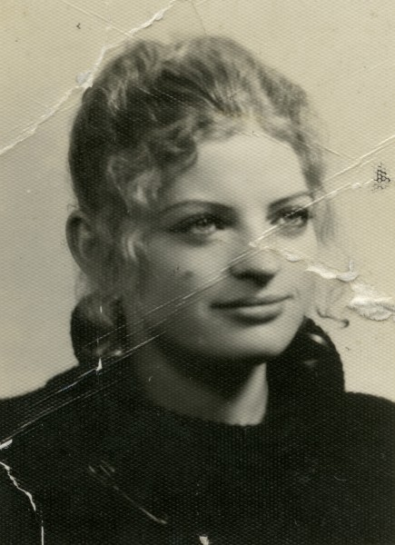 High-school ID photograph of Jadwiga Kaminska