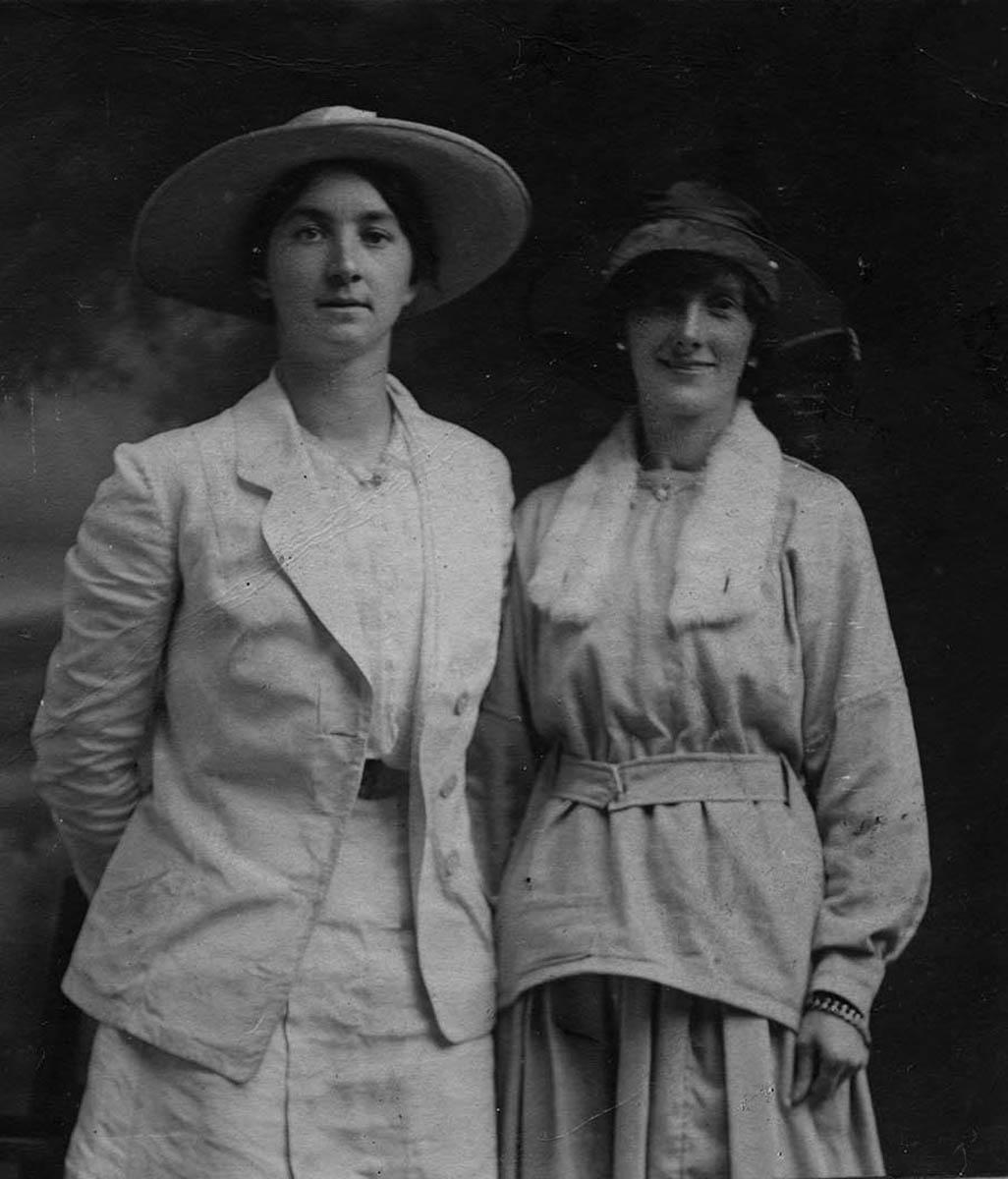 Conlon // County Monaghan :: Two women in a photographer's studio