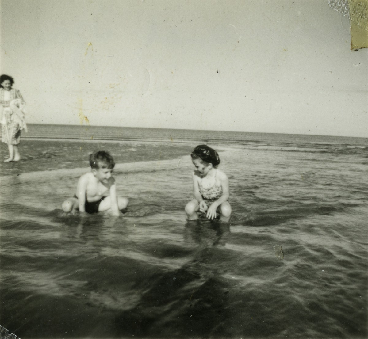 Gilroy  //  County Louth  :: Children playing in the sea