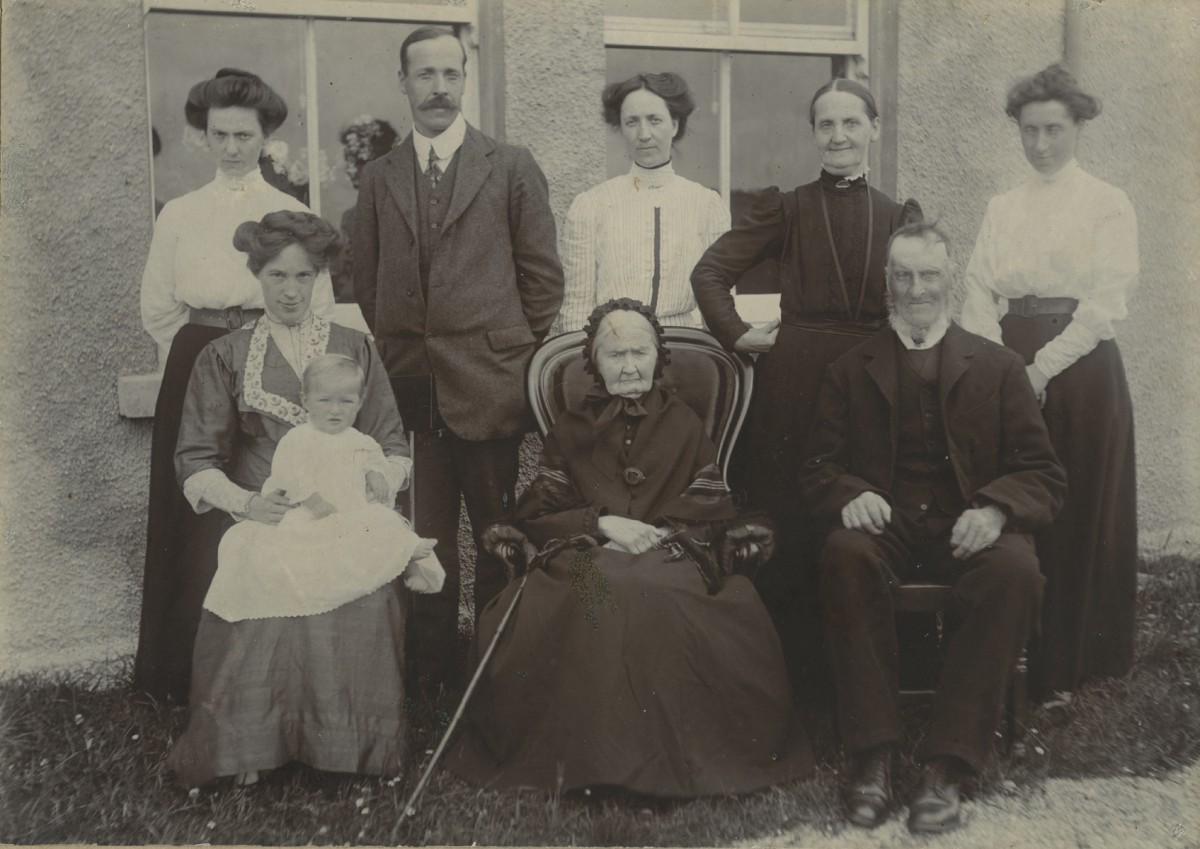 McKay  //  County Antrim :: McKay family at their home in Antrim, taken in 1912