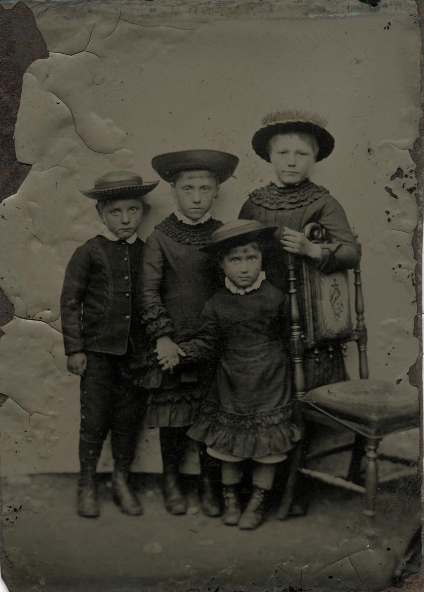 McKay  //  County Antrim :: Tintype of McKay children