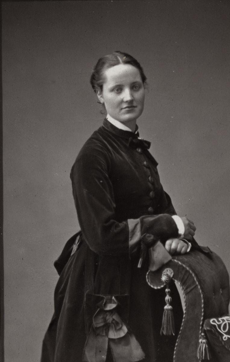 McKay  //  County Antrim :: Meg Ann Pinkerton