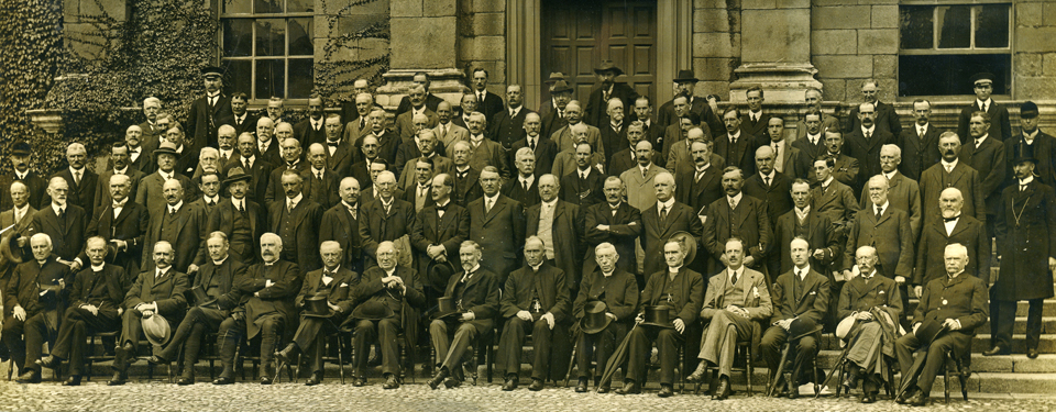 Knight // County Monaghan :: Delegates at the All Ireland convention pictured in Trinity College