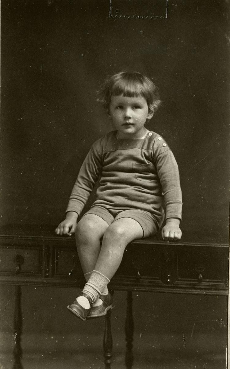 O'Donovan // County Cork :: Sean O'Donovan, eldest son of Con O'Donovan