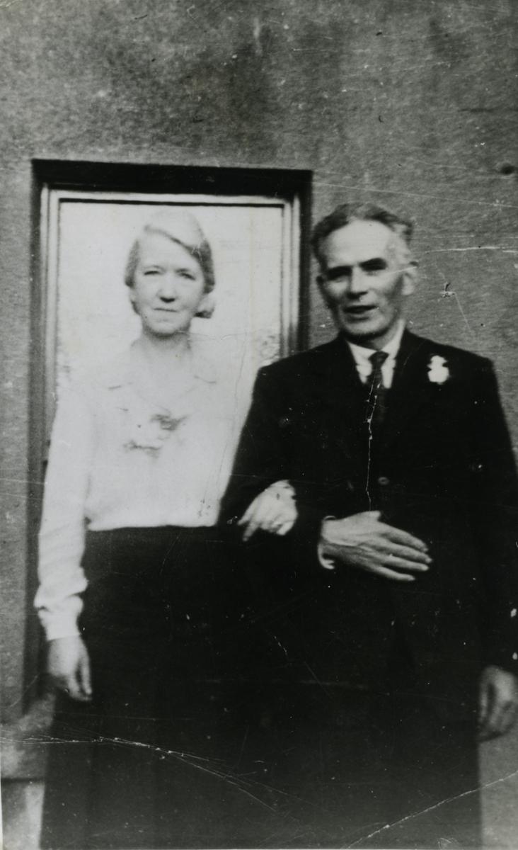 O'Donovan // County Cork :: Agnes and Con O'Donovan on their 25th wedding anniversary