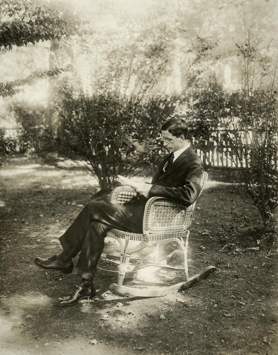O'Donovan // County Cork :: De Valera seated in a garden, 1919