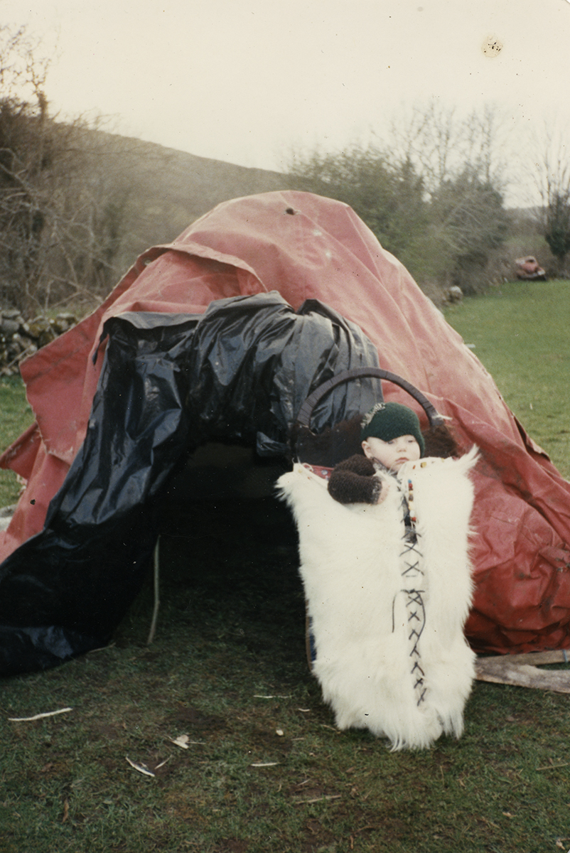 Wallis // County Clare :: Baby Louis at a tent in Cooloorta, Boston, Tubber, County Clare