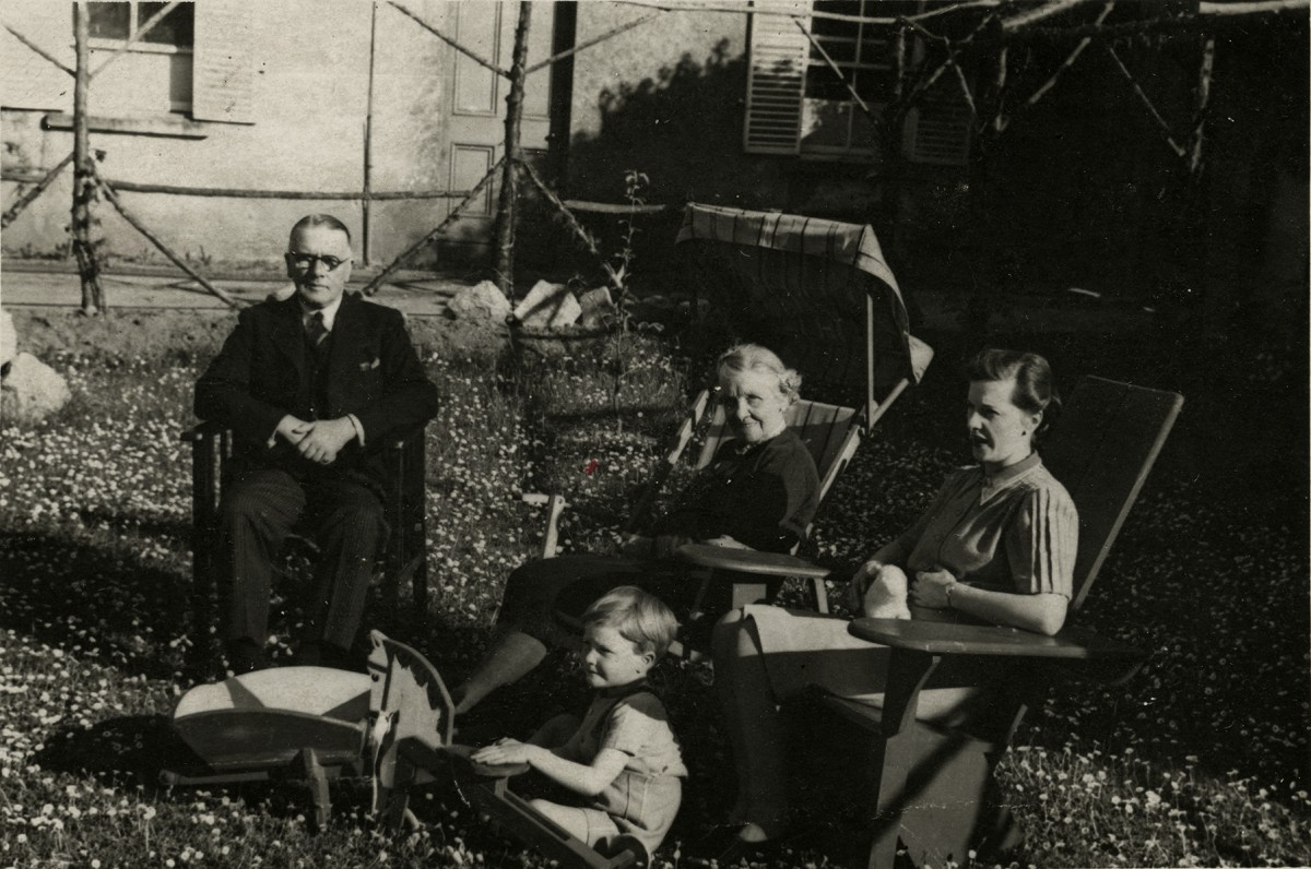 Baker Deely // Dublin :: Four generations of the Meerwald Baker family
