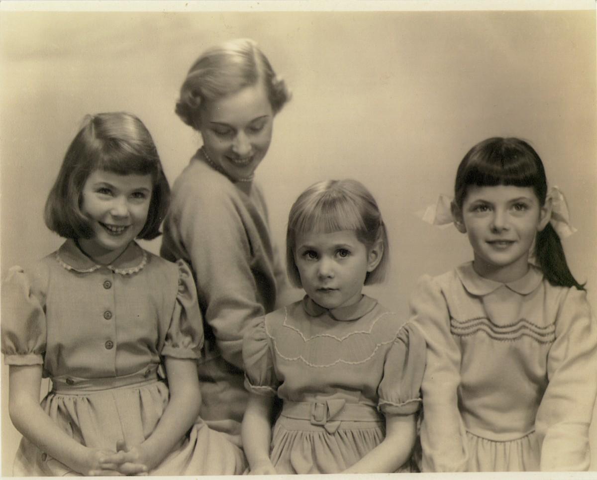 O'Driscoll // County Dublin :: Elizabeth O'Driscoll & her daughters, 1952