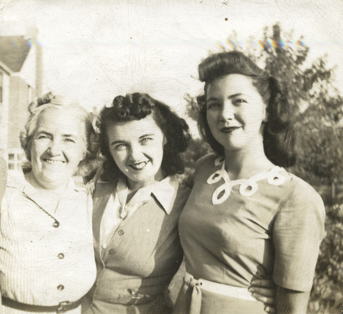 Conlon // Philadelphia & County Monaghan :: Lil Mullan with daughters Imelda and Mary