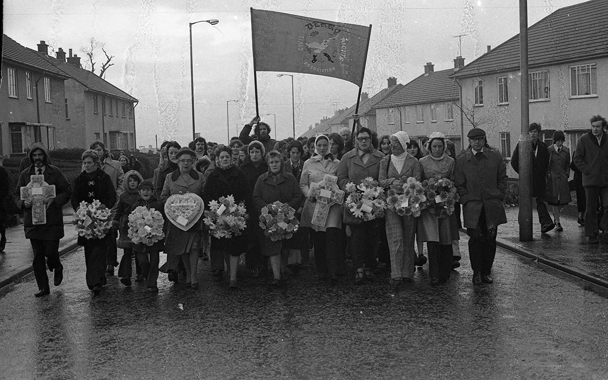 Peter McKee Archive // County Down, Antrim, Tyrone & L/Derry :: Bloody Sunday Memorial March