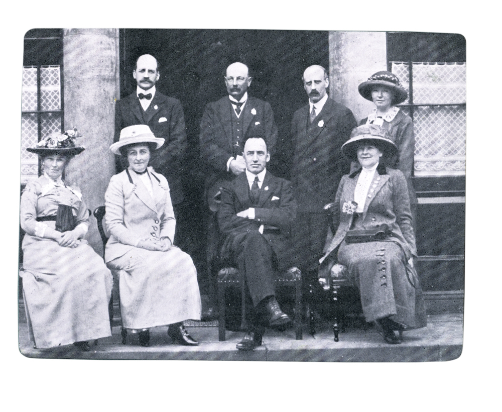 Knight // County Monaghan :: Edward Carson at Newbliss House 5th August 1913