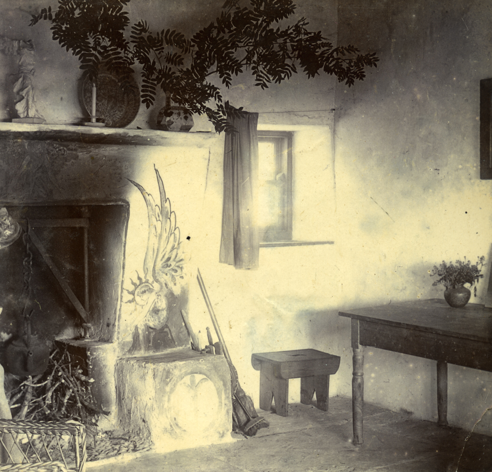 Law // County Donegal :: 'Fairy Cottage' Interior