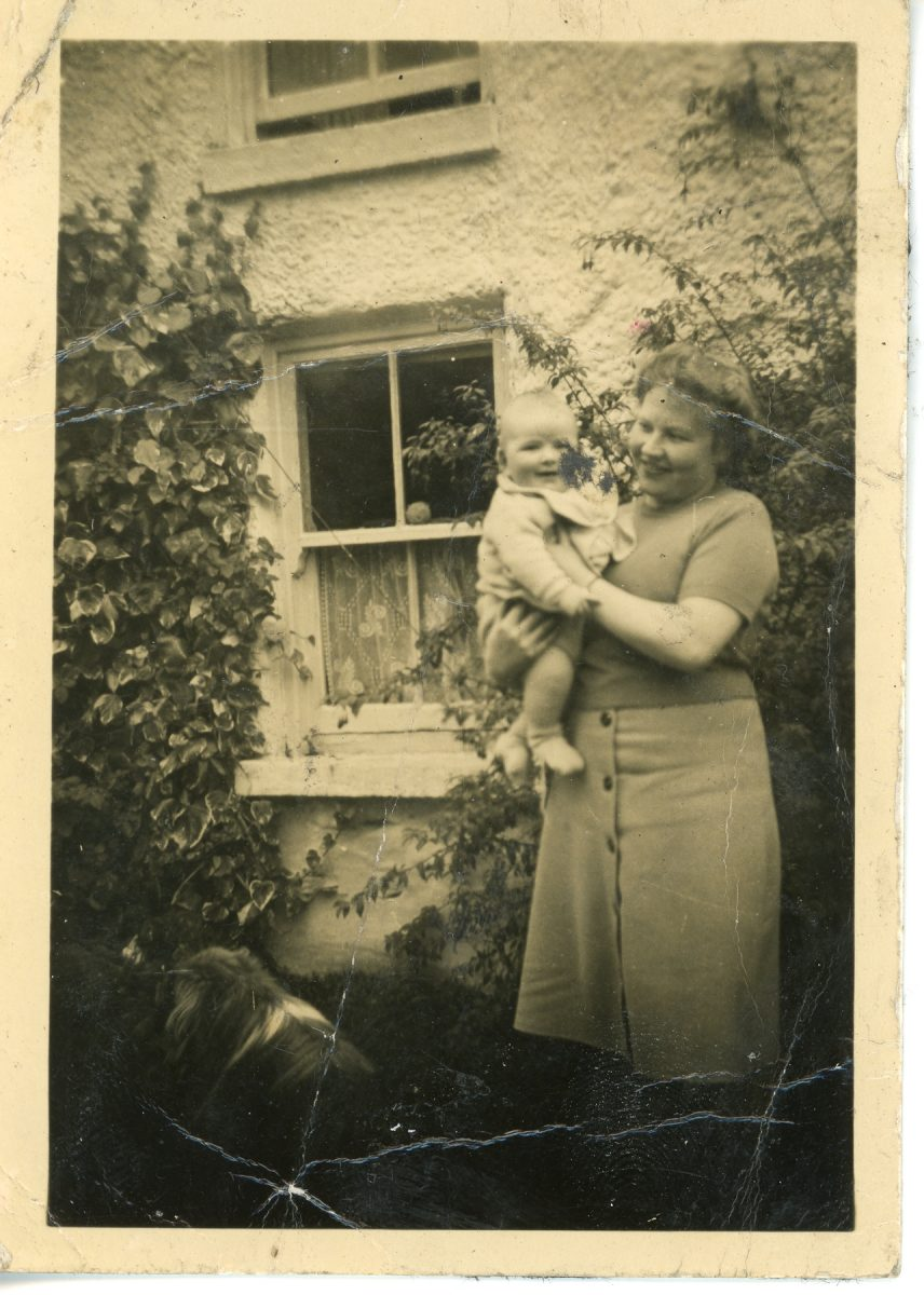 Stewart // County Monaghan :: Stewart woman with baby