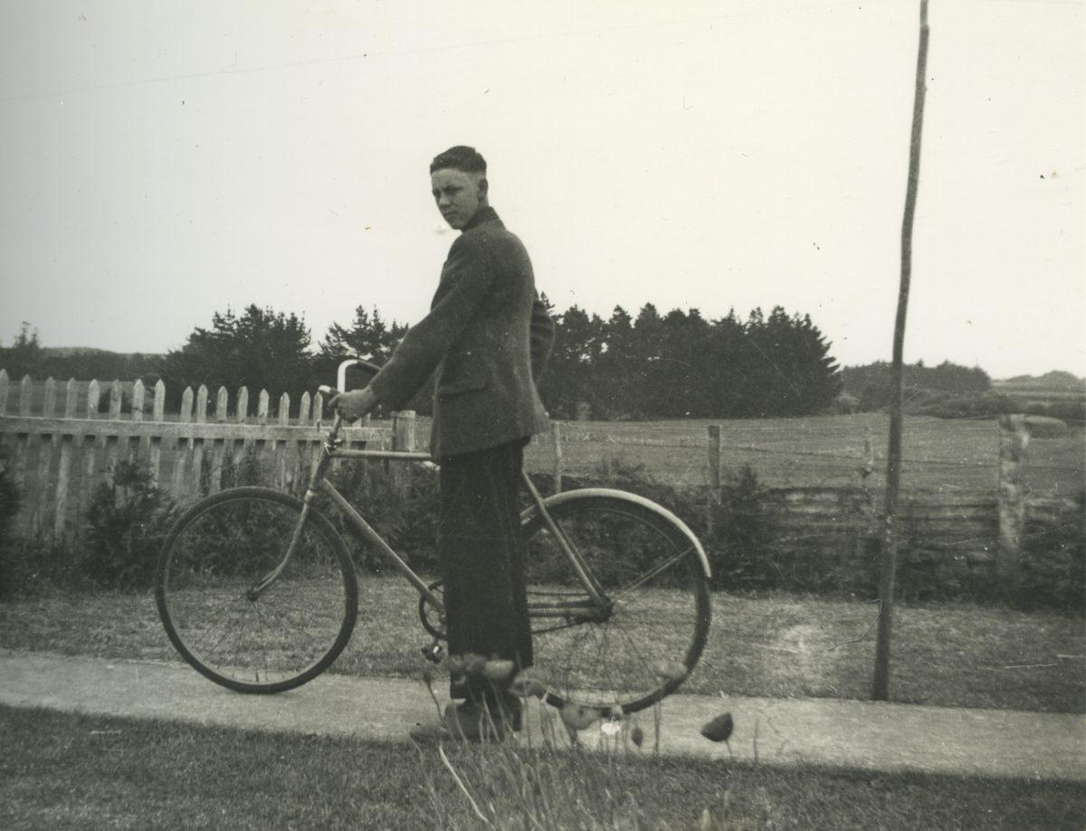 Stewart // County Monaghan :: John with bike