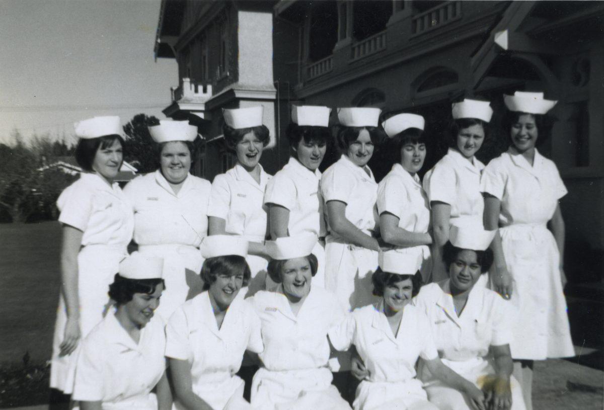 Stewart // County Monaghan :: Nursing graduation