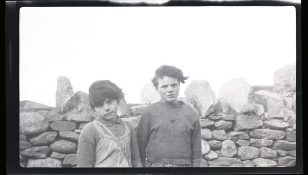 Stewart // County Monaghan :: HHOM two kids