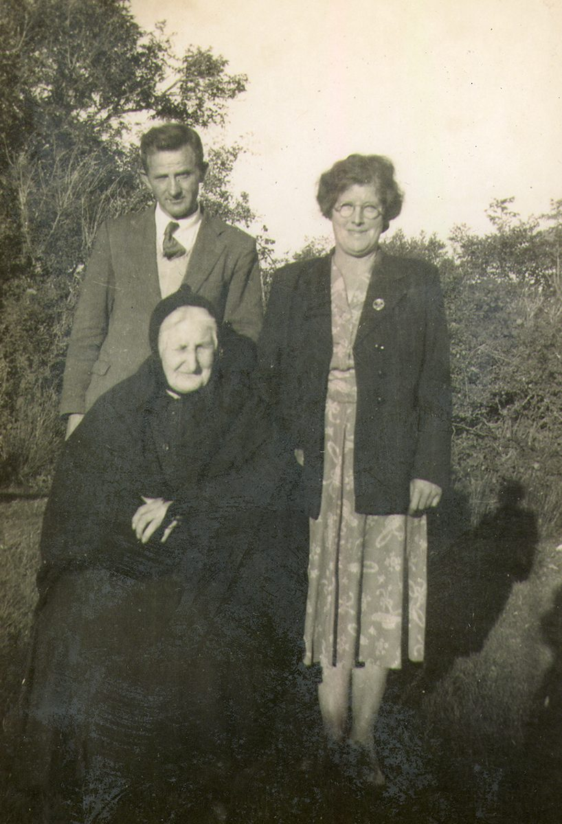Dwyer // Boston & Beara :: Pat and Lena Dwyer, and her mother, Margaret O'Driscoll