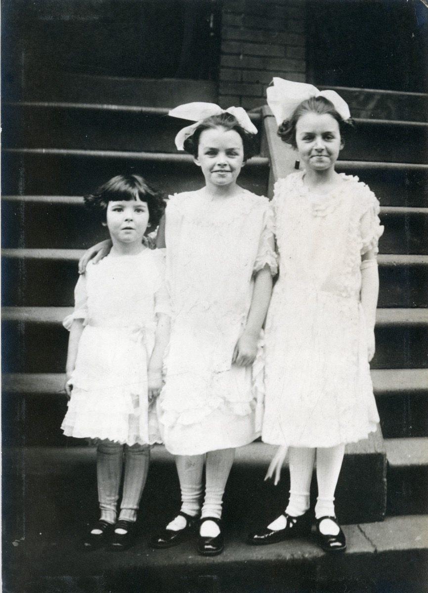 McDermott Family album / Washington DC :: Mildred Lynch McDermott with her cousins (de facto sisters), Alice Timoney and Helen Timoney