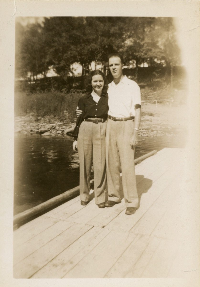 McDermott Family album / Washington DC :: Alice's parents on their honeymoon in 1948