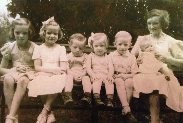 Loretta with six of her children