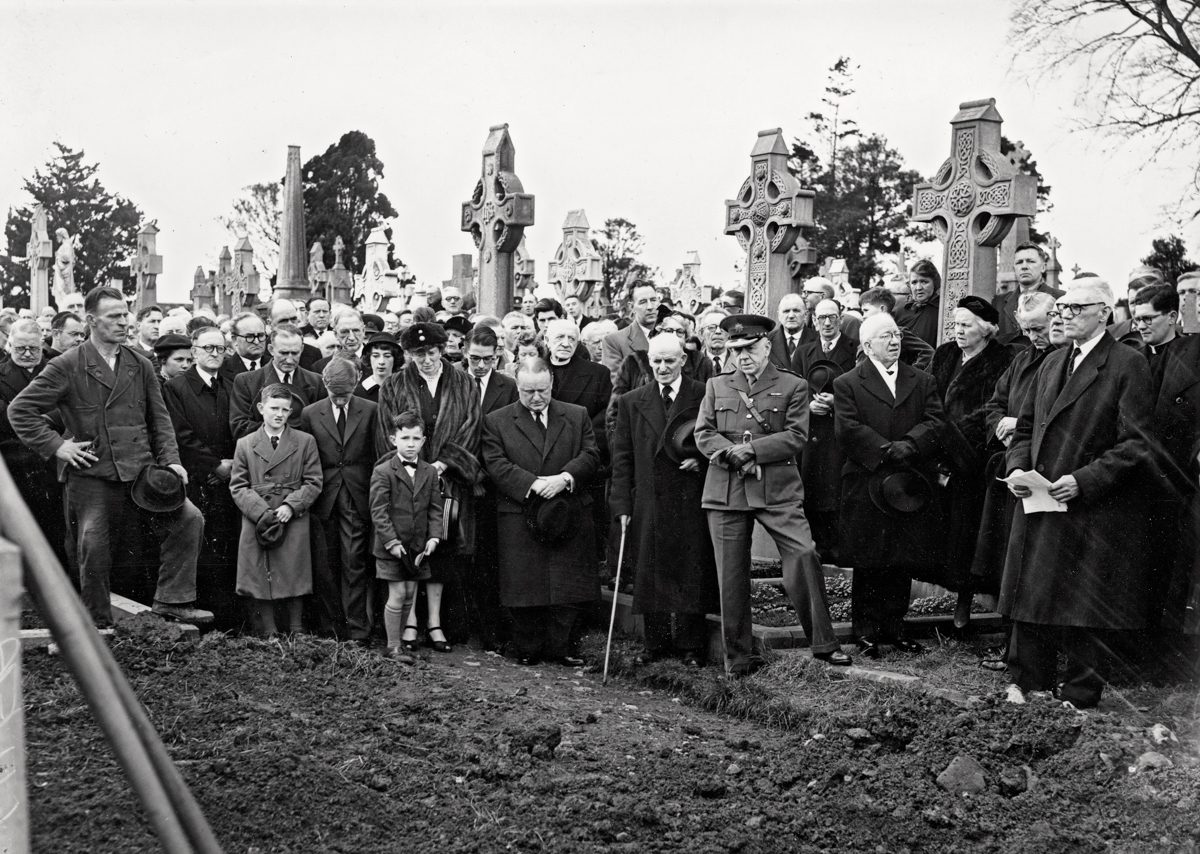 O'Malley // Connecticut & Mayo :: Family of Ernie O'Malley and mourners at the graveside during his State Funeral, 1957
